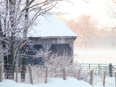 BKerton - Barn photo on canvas